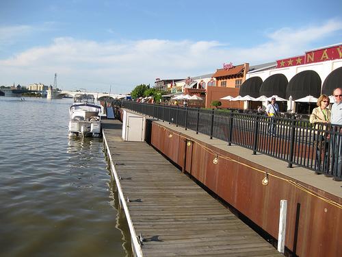 dockingfordinner